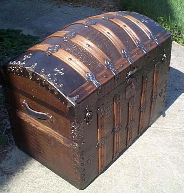 restored antique dome top trunk for sale #515