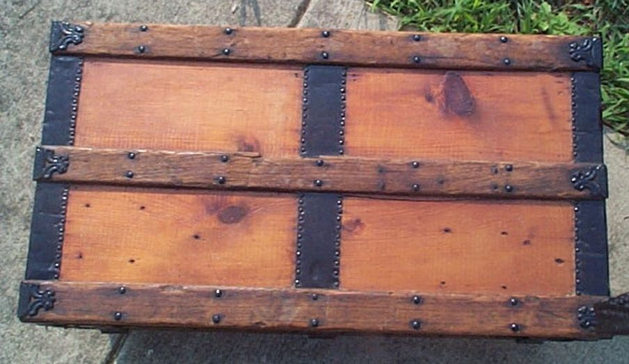 restored antique low profile flat top trunk for sale #527