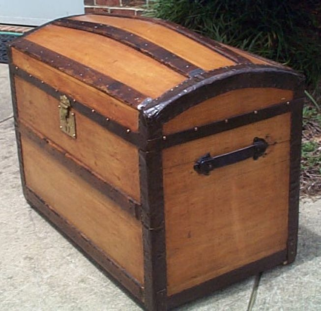 restored antique dome top trunk for sale #545