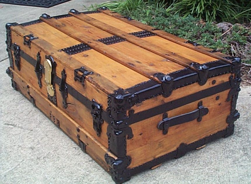 restored antique low profile flat top trunk for sale #546