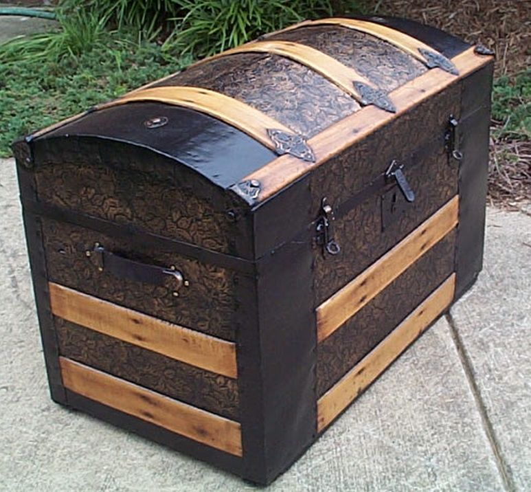 restored antique low profile flat top trunk for sale #547