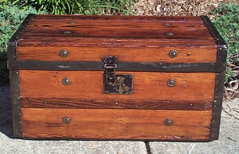 restored Civil War flat top victorian era antique trunk 548