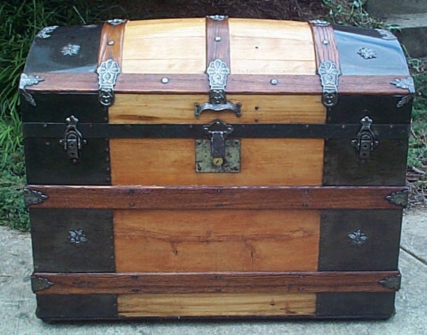 restored all wood dome top victorian era antique trunk 552
