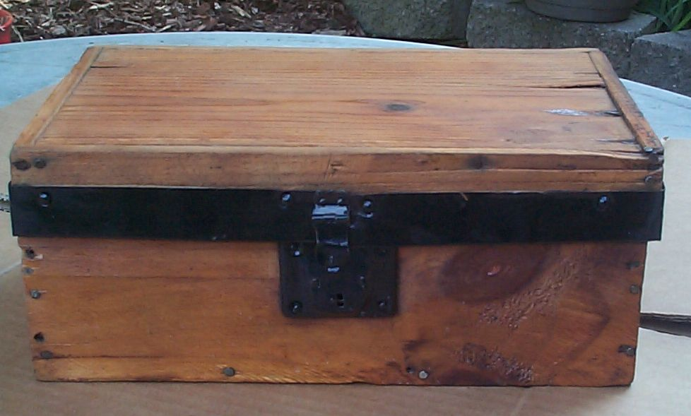 restored wood salesman sampler flat top antique trunk for sale 815