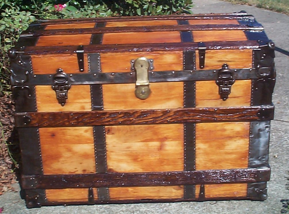 Antiques Nice Large Antique Old Fashioned Blue Cabin Trunk Edwardian (1901-1910)