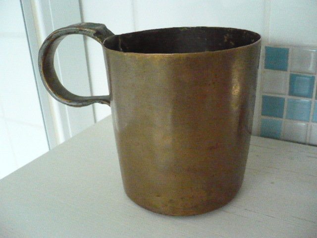 british royal navy rum cup or rum measure 1 quart 19th century