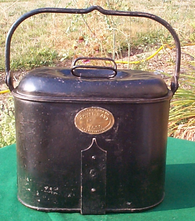 1870-1910 British Royal Navy Mess Pail or Mess Bucket