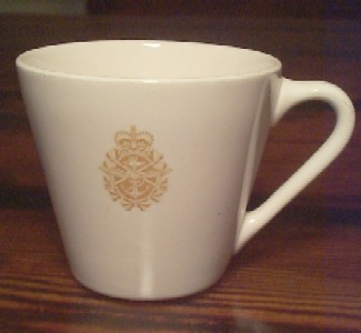 royal canadian china navy coffee cup tea cup & Royal Canadian Navy China Older Style Syracuse of Canada China ...