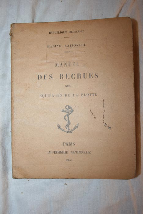 french navy recruit manual 1941 showing French fouled anchor