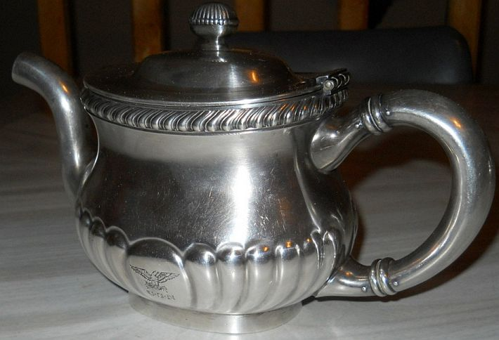 pre-WWII captains mess silverplated teapot musuem quality