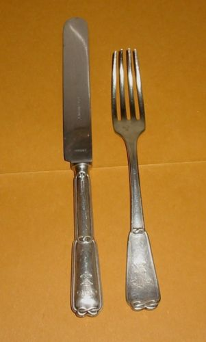 Italian Navy Dinner Knife and Fork with Royal Navy Fouled Anchor