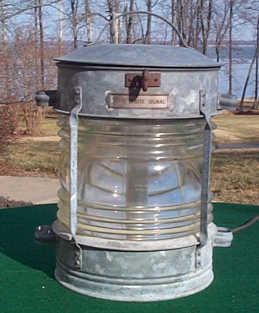 BT White Mast or Anchor Light, Navigation Lights