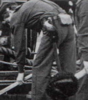 closeup of sailor wearing the m1860 on back left hip