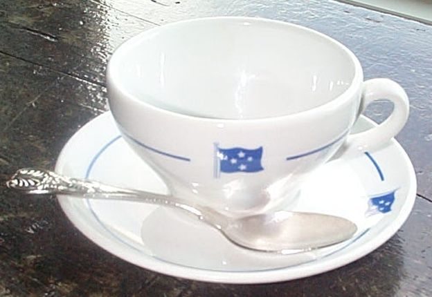fleet admiral or full admiral, 4 stars coffee cup, saucer, spoon