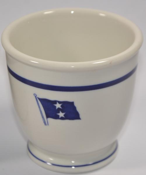 rear admiral, 2 stars footed egg Cup