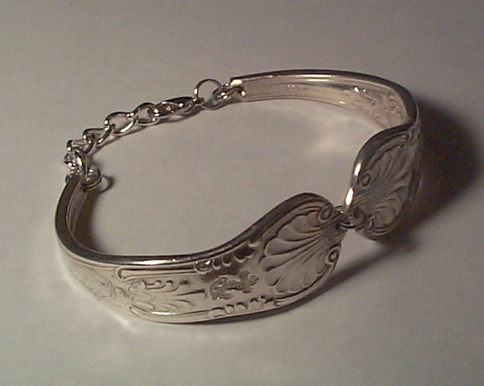 ladies bracelet from ww2 USN silverplate Kings Design spoon handles