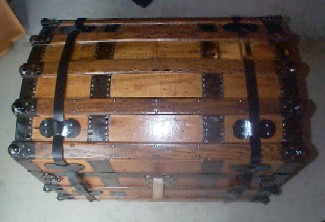 Pirate Sea Chest #93 showing victorian picture