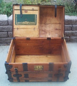Pirate Chest #95 front open view