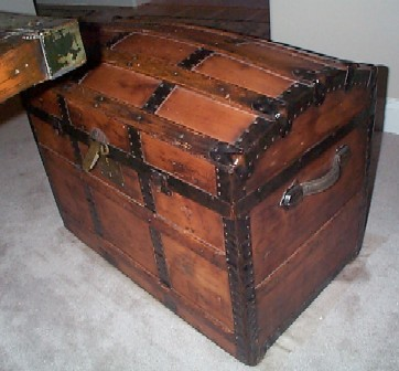 100+ year old Antique Domed Captains Chest, Leather Handles