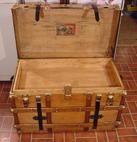 Pirate Treasure Chests Flat Top Chest #11 open with insert