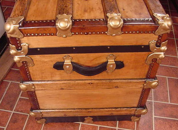 Pirates Chests Flat Top Sea Chest #11 side view