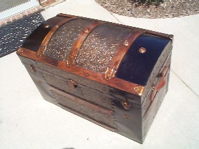 Pirate Chests Domed Top Sea Chest #93 open view with tray insert