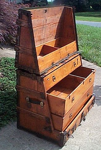 New 320 Restored antique theatrical trunk Antique theatrical trunk  OB18